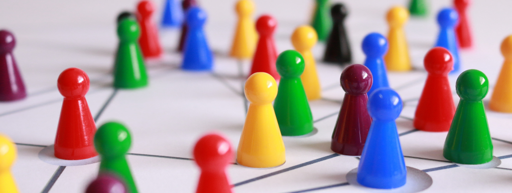 What are the five keys to success with virtual teams?